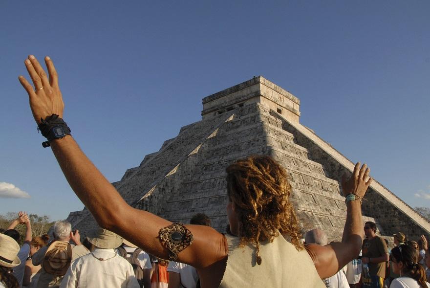 Η πυραμίδα στην περιοχή Τζίτσεν Ιτζά στο Μεξικό