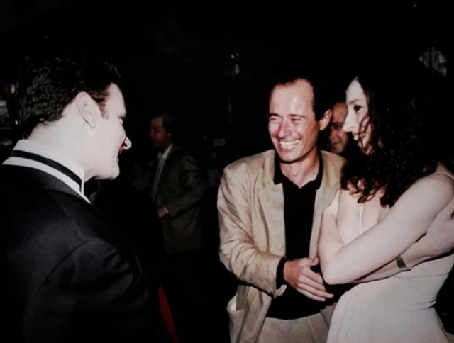 Γιώργος Πιτσιλής και Άννα Σκουλικίδου στο γάμο του Brian (τότε ιδιοκτήτης του Party)