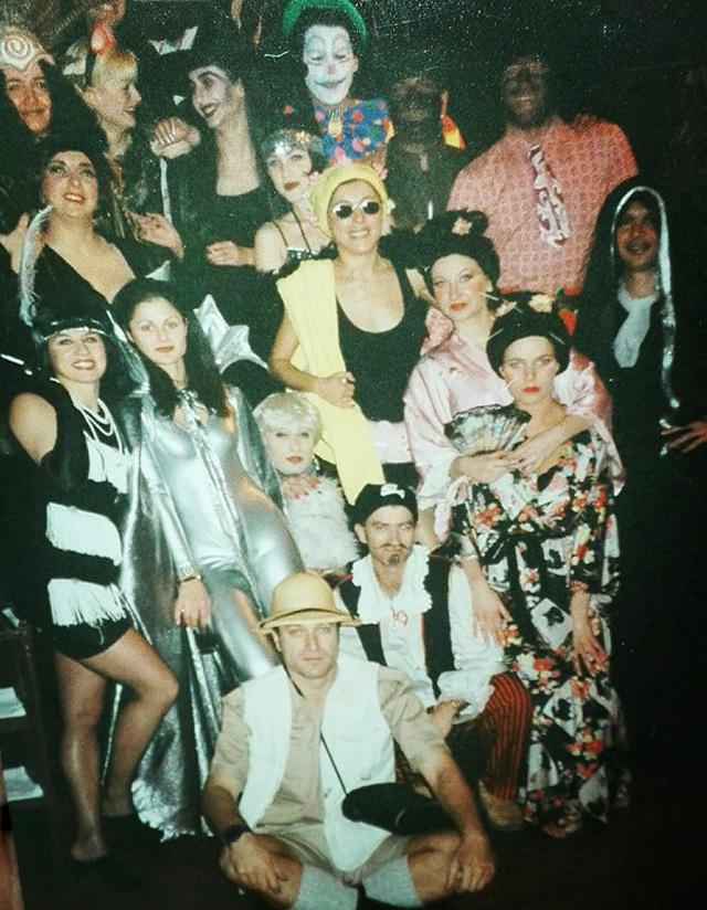 Τα τρελά αποκριάτικα πάρτι του Rock 'n' Roll