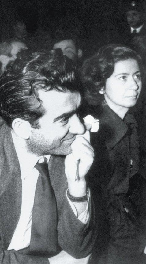 Η A.V. συναντάει τον Νίκο Μπελογιάννη