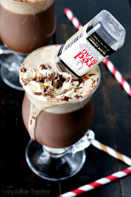 4. Σοκολάτα με Burbon και μαύρα μούρα