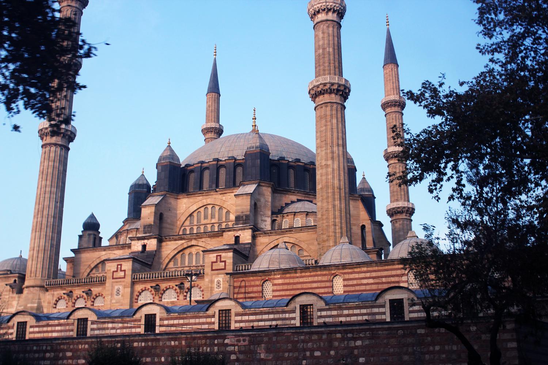 Το Selimiye τζαμί είναι μάλλον το πιο εντυπωσιακό αξιοθέατο της πόλης 5785e4e7843