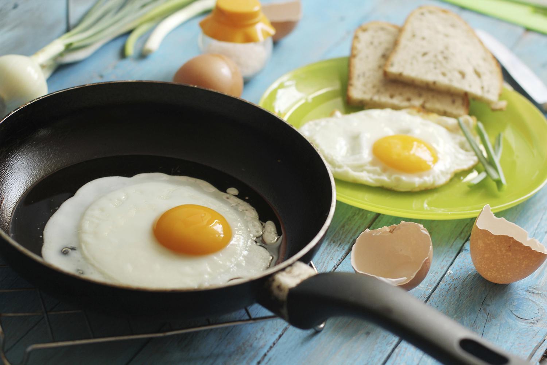Αν τα αυγά ξαναζεσταθούν, γίνονται τοξικά για τον ανθρώπινο οργανισμό