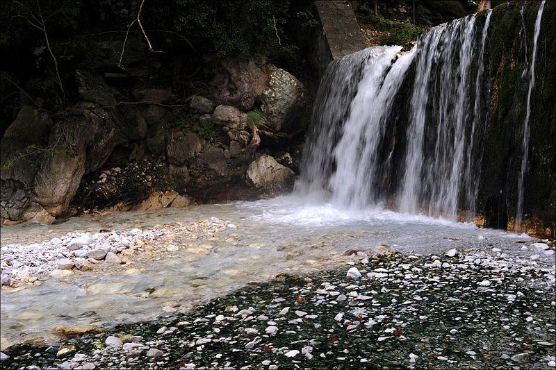 de5066416c ... προορισμός από την Θεσσαλονίκη. Το Νυμφαίο βρίσκεται σε υψόμετρο  1.350μ. στο βουνό Βίτσι σε ένα παρθένο φυσικό περιβάλλον δασών με ανοικτή  θέα προς το ...