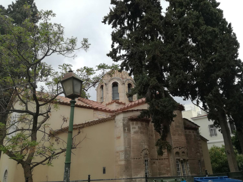 Ανατολική (βυζαντινή) πλευρά Αγ. Σωτείρας Κοττάκη, οδού Κυδαθήναιων