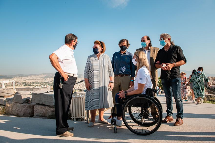 Μέλη της Παραολυμπιακή Ομάδας επισκέφθηκαν την Ακρόπολη λίγο πριν την Παραολυμπιάδα του Τόκιο