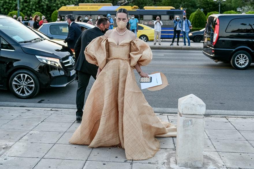 Στιγμιότυπο από τις αφίξεις στο Καλλιμάρμαρο για την επίδειξη του οίκου Dior
