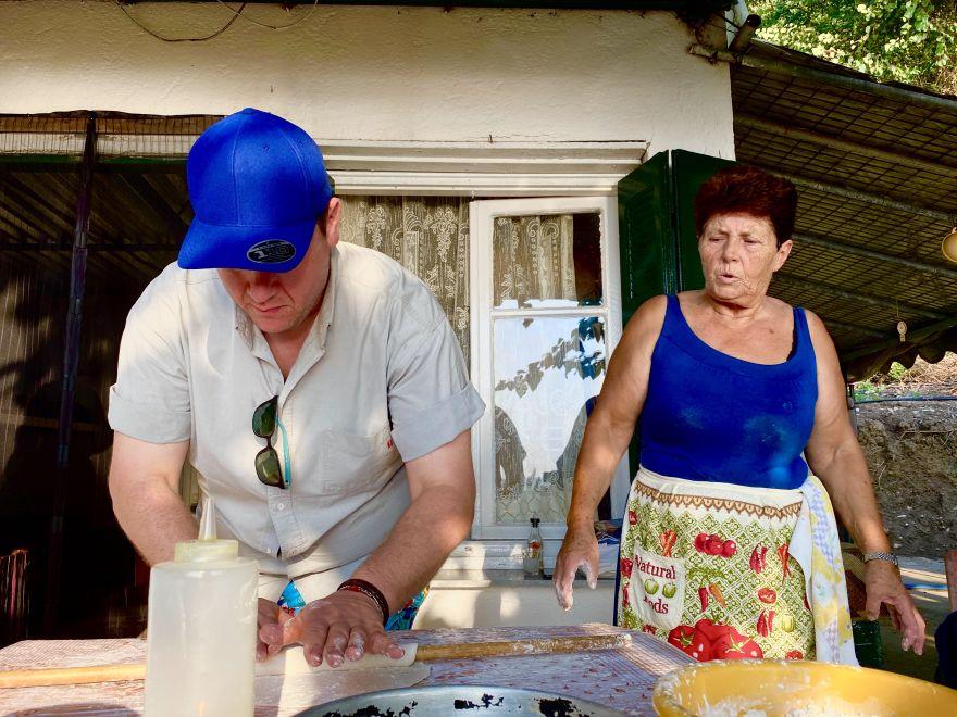 Ο περουβιανός σεφ Juan Danilo συνεχίζει το γαστρονομικό του ταξίδι στην Ελλάδα