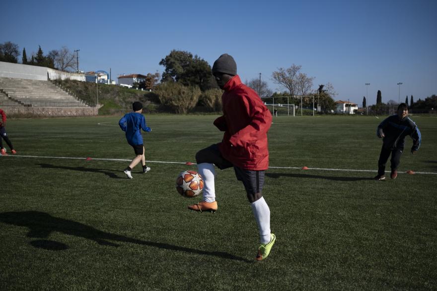 Η ιστορία ενός εγκλωβισμένου ποδοσφαιριστή στη Μόρια