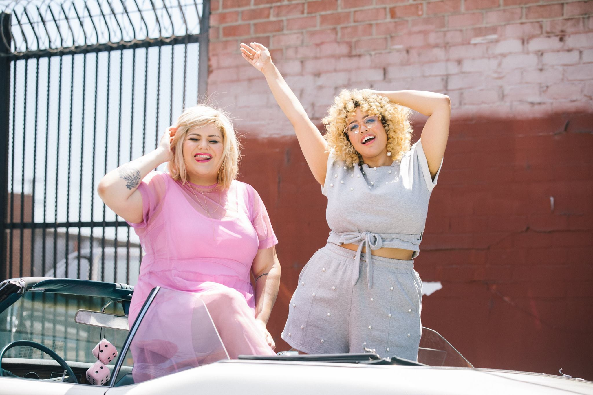 Η Premme είναι μία καινούρια μάρκα που ιδρύθηκε από τις fashion bloggers  Nicolette Mason και Gabi Gregg. Αν θέλεις το στιλ σου να έχει μία αύρα που  θυμίζει ... 271abe48650