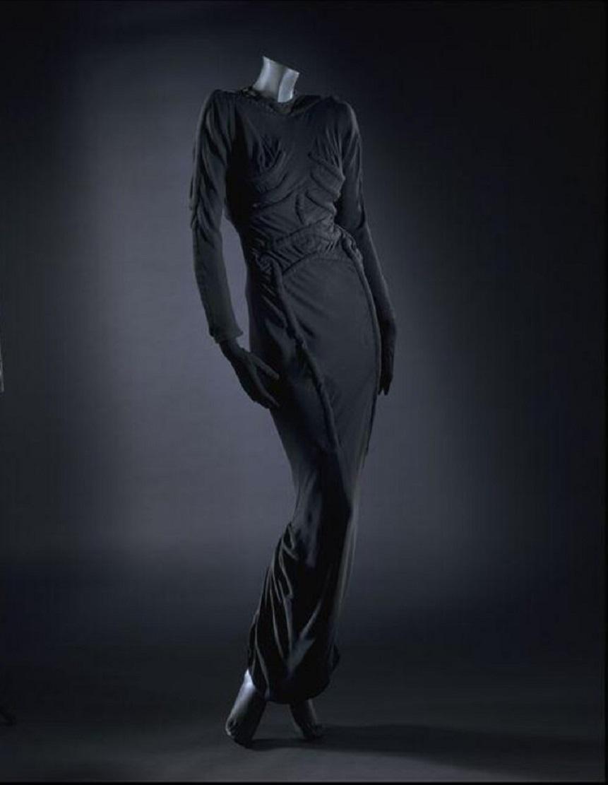Skeleton Dress - Elsa Schiaparelli