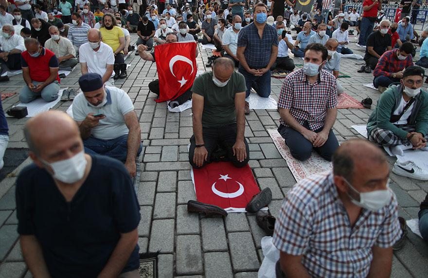 Η Αγία Σοφία γίνεται τζαμί: Την Παρασκευή 24 Ιουλίου 2020 η πρώτη μουσουλμανική προσευχή στο εσωτερικό της